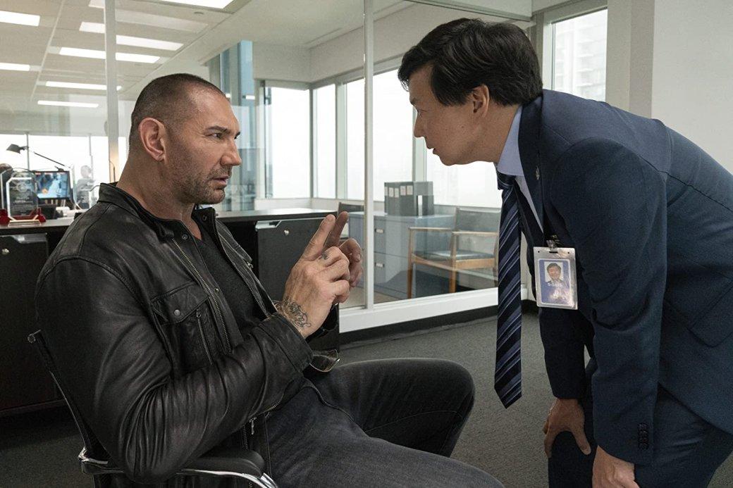 Рецензия на«Мой шпион»— слишком легкий комедийный боевик сДэйвом Батистой