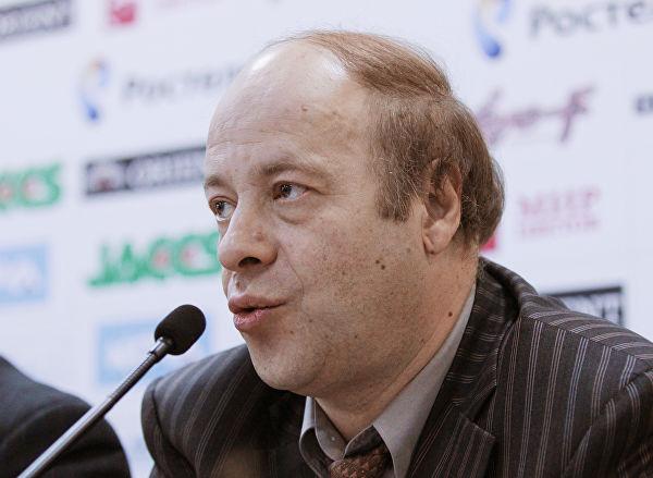 Организатор турнира по FIFA покинул свой пост