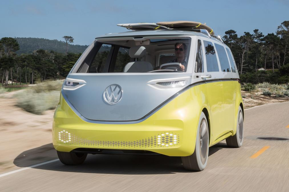 Легендарный «хиппи-мобиль» Volkswagen стал по-настоящему «зеленым»