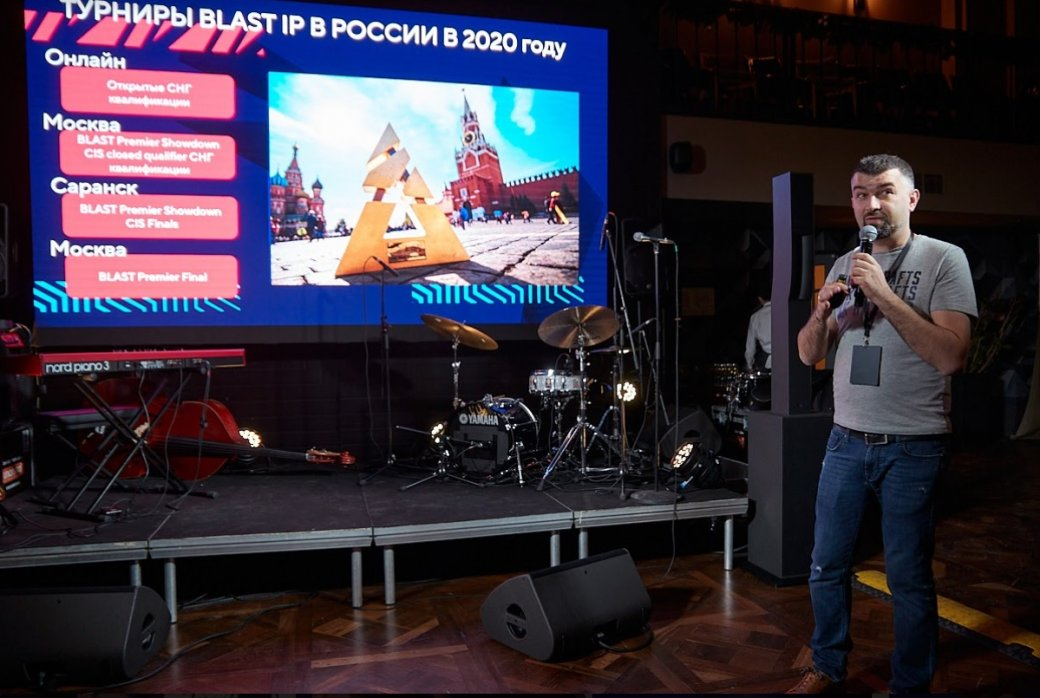 Ярослав Комков: «Вы не уверены, что ваш ребенок станет хоккеистом? Отдайте его лучше в киберспорт»