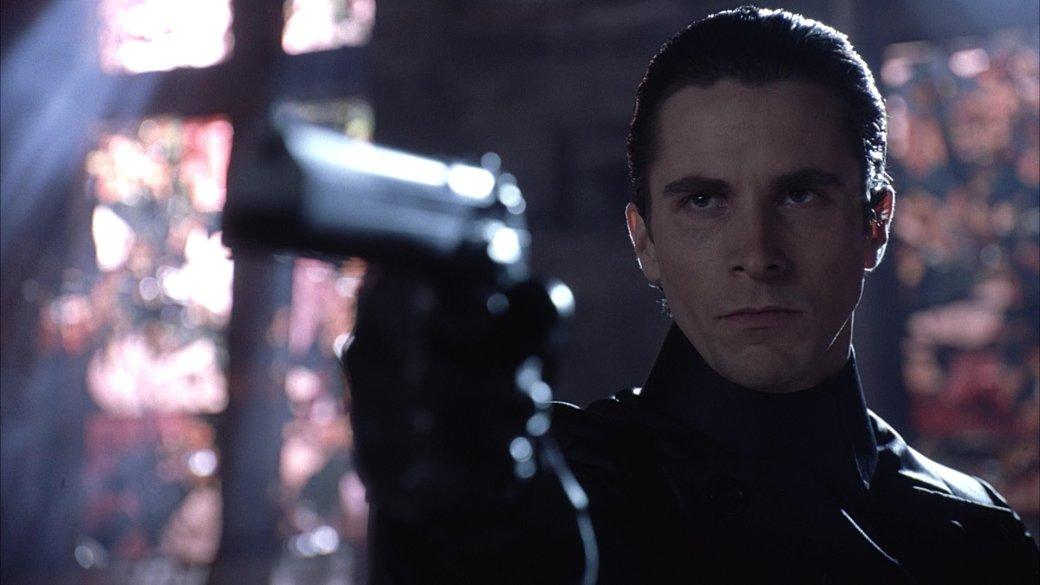 14октября, ровно через 20 лет после старта оригинальной «Матрицы» (The Matrix), фильм вернется впрокат. Вроссийских кинотеатрах можно будет посмотреть отреставрированную 4К-версию. Мыже предлагаем вам скоротать ожидание залучшими фильмами, сюжетно итематически похожими назнаменитую картину братьев Вачовски.