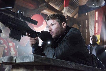 Райан Филипп стал американским снайпером в сериале «Стрелок»