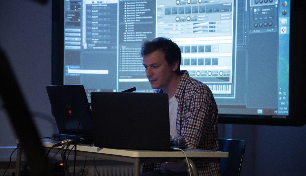 Вместе сИнститутом звукового дизайна икомпозитором Александром Дмитриевым разбираемся, как пишутся звуки имузыка ввидеоиграх, изкаких специалистов состоит саунд-команда икакие программы она использует вработе.
