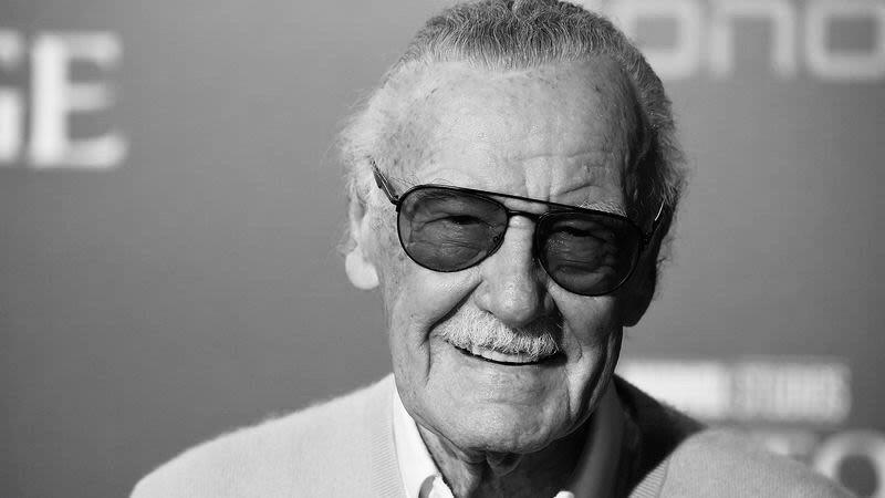 Вечером 12ноября 2018 года стало известно, что Стэн Лискончался ввозрасте 95 лет из-за продолжительной борьбы спроблемами создоровьем, втом числе спневмонией. Впоследние годы Листрудом появлялся наразличных фестивалях комиксов, ав2017 году умерла его жена. Тем неменее Стэн продолжал радовать своих фанатов исоглашался научастие вразличных конвентах. Имне хочется сказать ему спасибо.