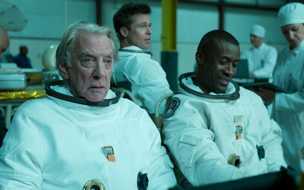Почему «Кзвездам»— шаг назад для научной кинофантастики