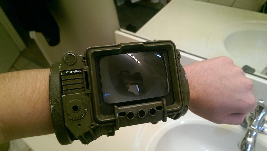 Фанат Fallout сделал PipBoy своими руками
