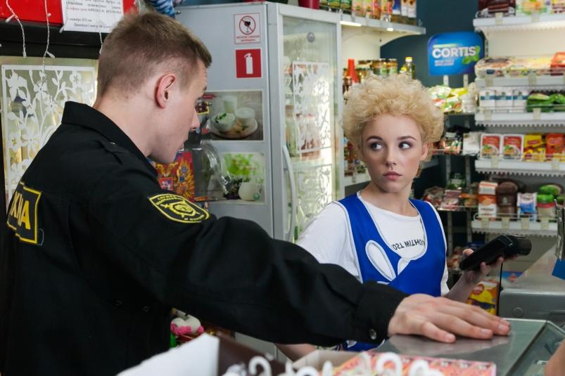 Мнение опервых сериях «Патриота»— новой комедии ТНТ о бывшем спецназовце в маленьком городе