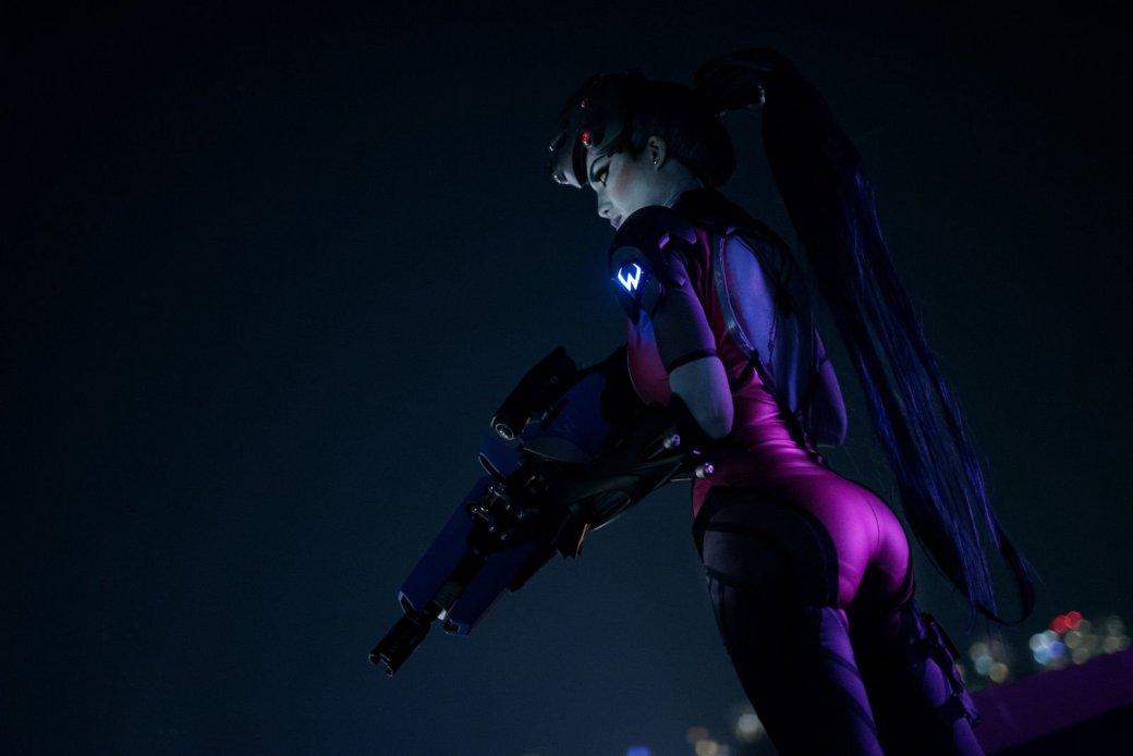 Косплей дня: невероятно точный образ Widowmaker из Overwatch
