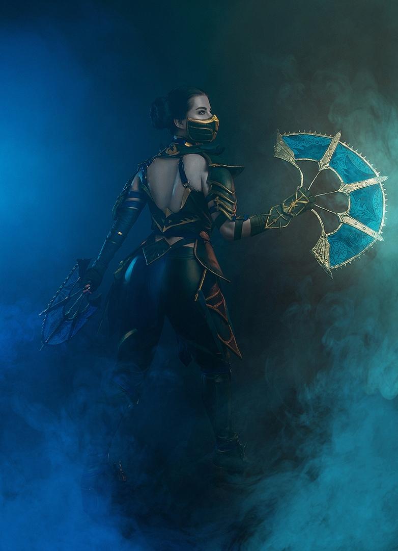 Такая Китана нам нужна! Невероятно крутой косплей принцессы Эдении изMortal Kombat11