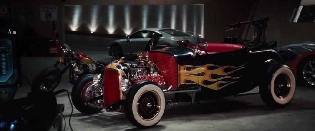 Самый богатый изМстителей— накаких машинах ездит Железный человек?