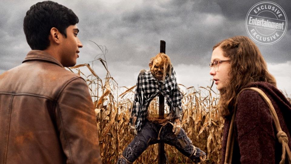 Ожившее пугало, зомби и пауки. Насколько жуткими вышли «Страшные истории» Гильермо Дель Торо?