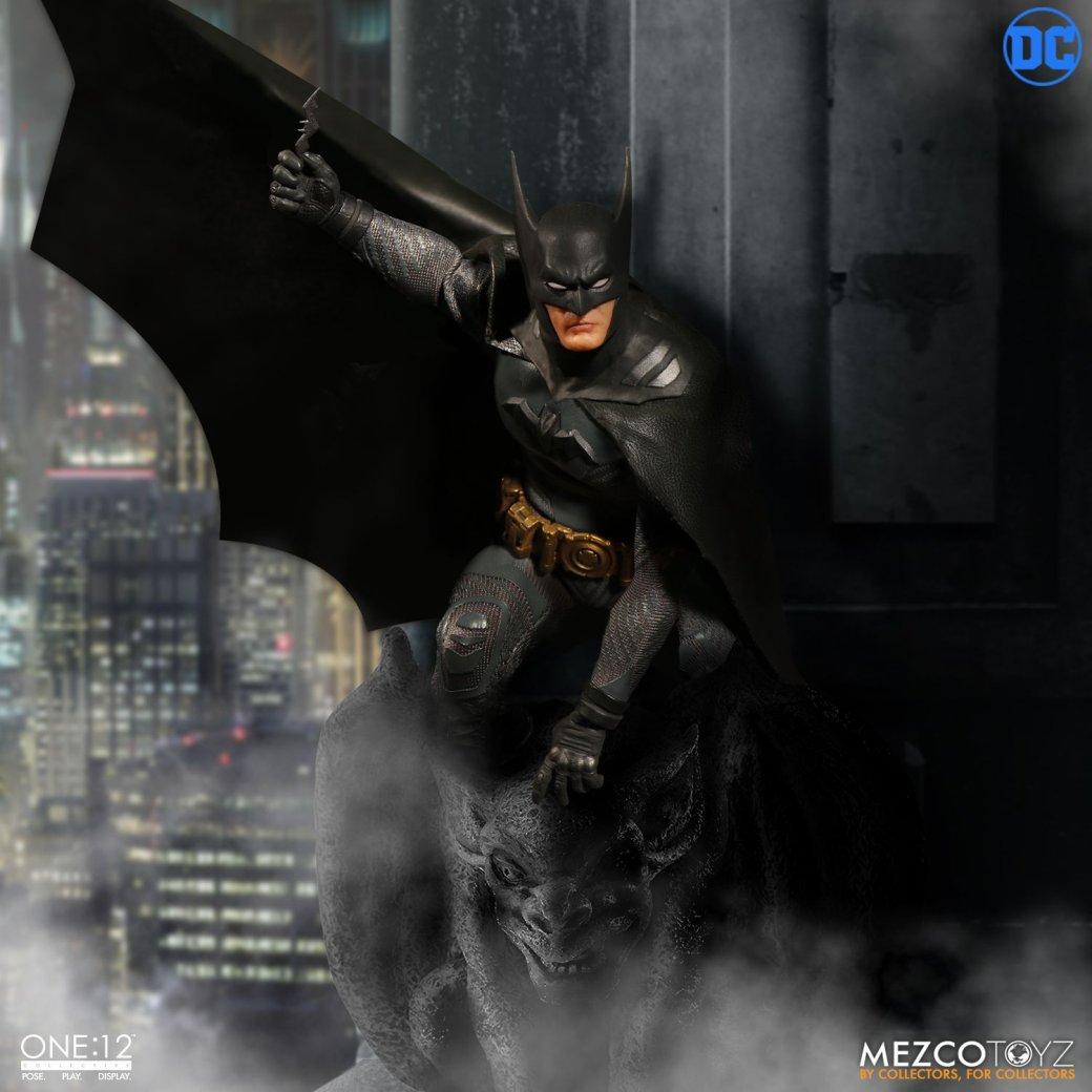 Эта фигурка позволит вам увидеть, как выглядел Бэтмен вначале карьеры