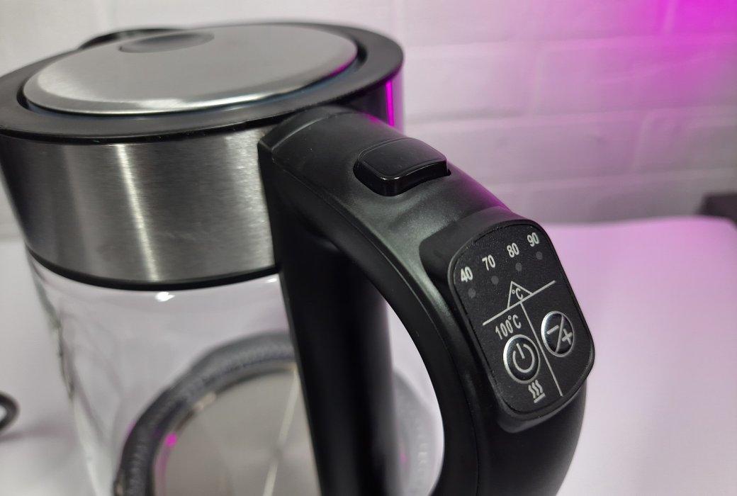 Настольная лампа, смарт-чайник и«умные» лампочки: обзор устройств для дома Hiper IoT