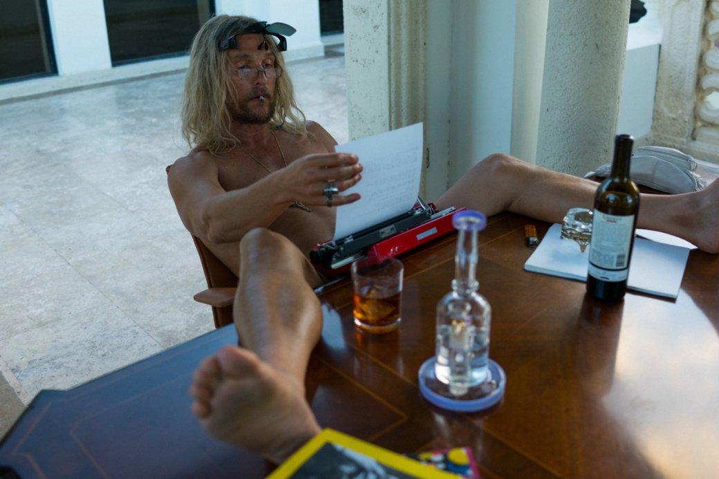 Рецензия на«Пляжного бездельника»— обкуренный бомж Мэттью Макконахи зависает соСнуп Доггом