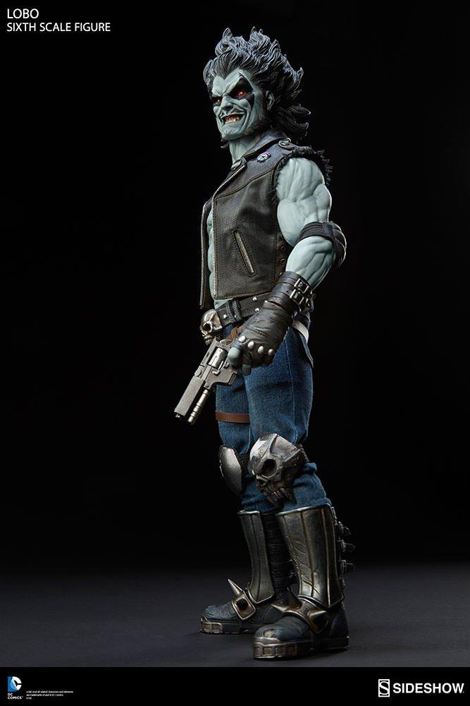 Статуя инопланетного байкера-наемника Лобо выглядит очень круто