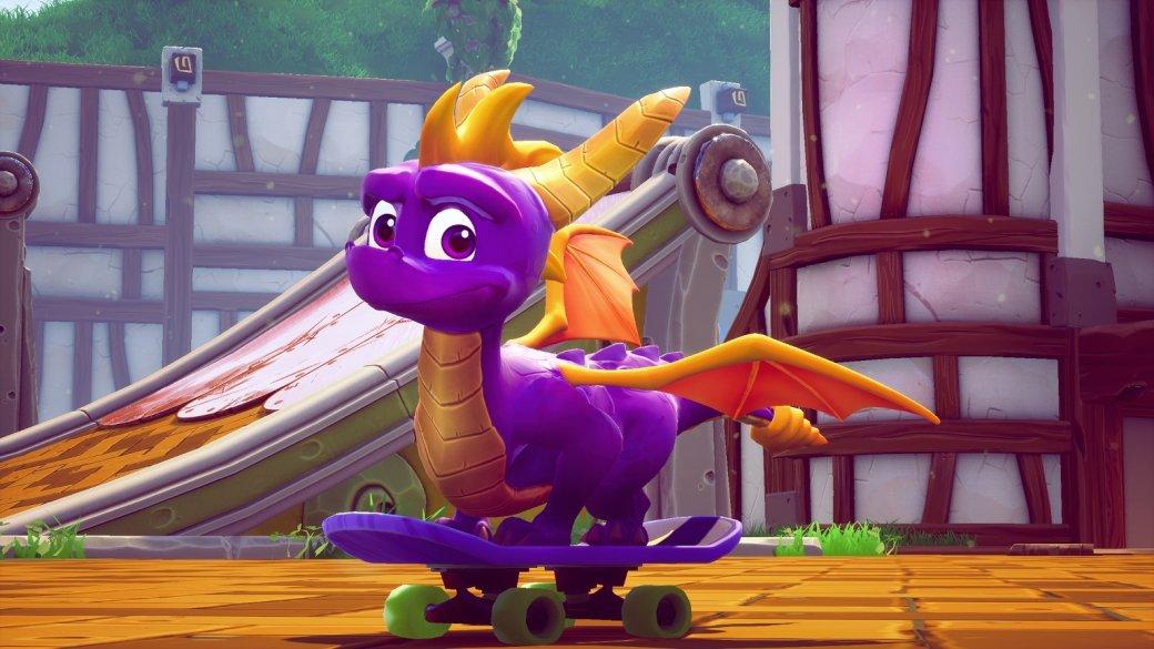 Восторг, скоторым игроки приняли анонс ирелиз Crash BandicootN. Sane Trilogy, доказал, что переиздания старых 3D-платформеров сегодня— совершенно нормальная тема. Поэтому Activision решилась еще инаремейк трех классических игр про забавного дракончика Спайро, который вконце 90-х был одним изключевых образов PlayStation. Заобновленные версии взялась Toys for Bob, она помогала Vicarious Visions сPS4-версией «Крэша» ипортировала игру наSwitch. КSpyro Reignited Trilogy студия подошла осторожно, опасаясь хоть сколько-нибудь изменить геймплей оригинальных игр— иэто хорошо ровно настолькоже, насколько иплохо.