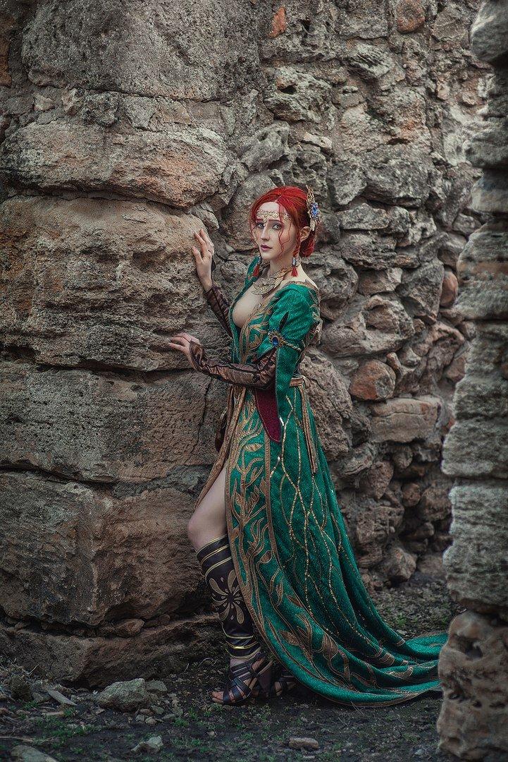 Косплей дня: Трисс иЙеннифэр изThe Witcher3. Кого вывыберете?