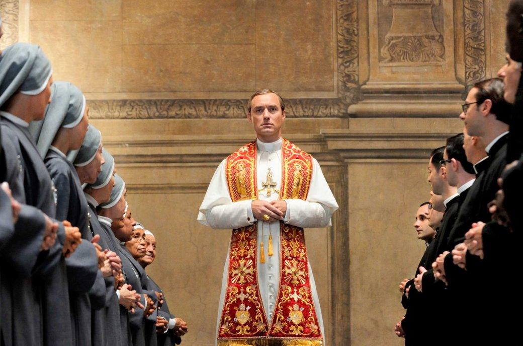 «Новый Папа»— начто способны Джуд Лоу иДжон Малкович всиквеле потрясающего сериала Соррентино