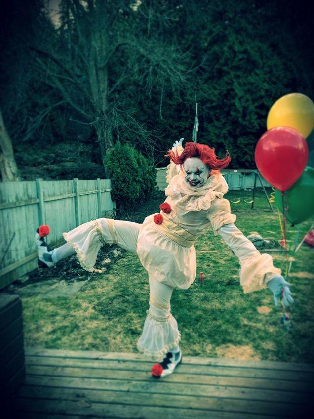 Жуткий косплей дня: «Оно». Авыбоитесь клоунов?
