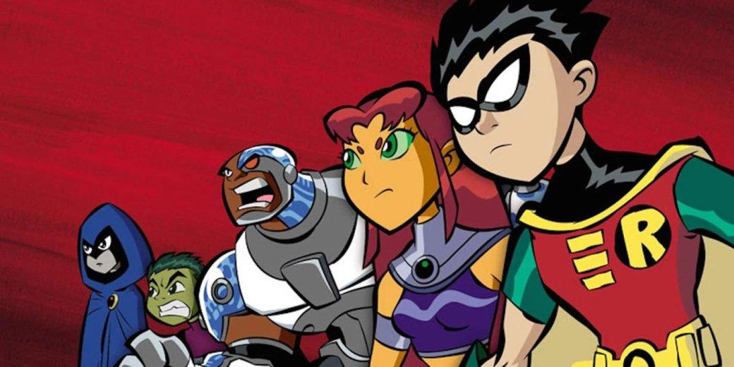 Юные Титаны— одна изсамых ярких супергеройский команд вкомиксахDC. Фокус нагероях-подростках позволил авторам создавать максимально разные сюжеты— отпо-глупому смешных допафосных исерьезных. Неудивительно, что анимационных шоу ифильмов про них хватает налюбой вкус.