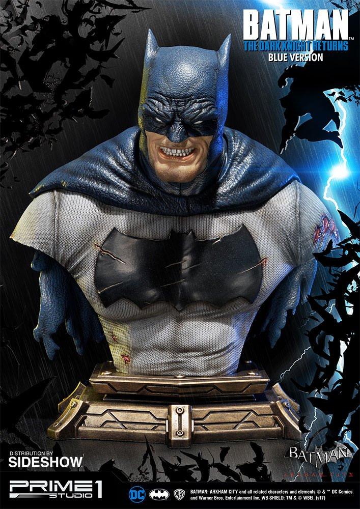 Этот постаревший Бэтмен выглядит  брутально и забавно одновременно