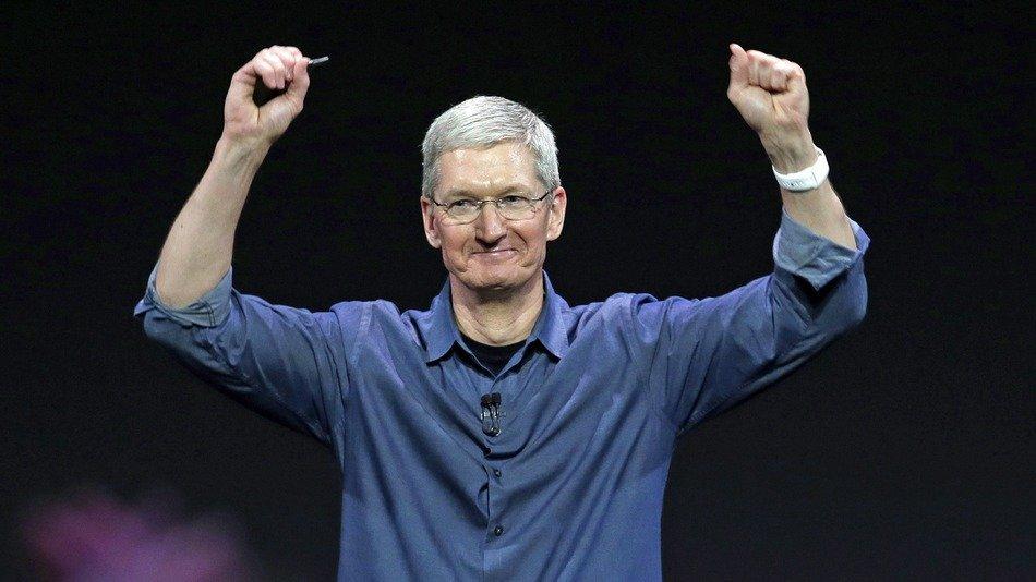 Стоимость Apple превысила $700 млрд