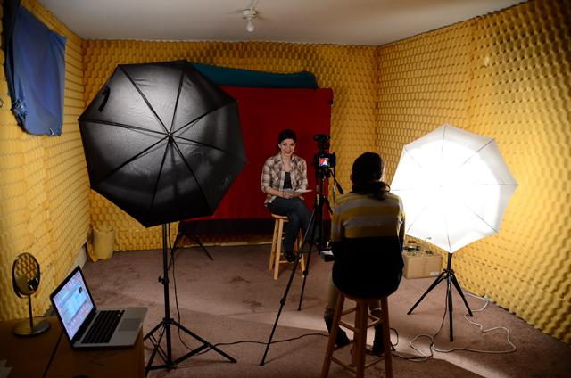 Анита Саркисян решила взяться за мужчин: феминистка объявила планы на 2015 год