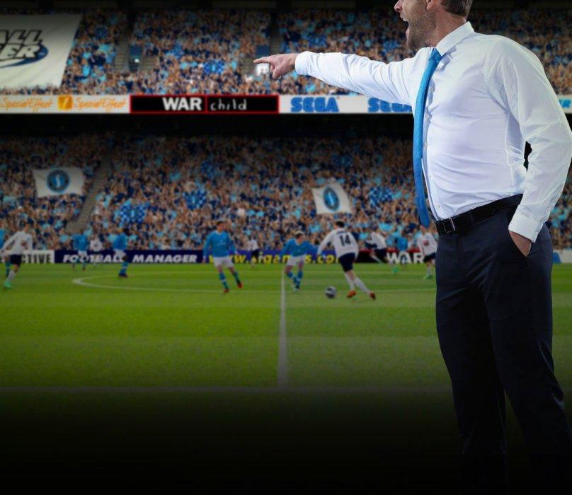 Большие боссы говорят, что если вверят вам команду, то она не должна упасть в другой дивизион. Вы заверяете их, что это вам по силам, а еще предлагаете улучшить нынешний стадион и купить новых игроков. Вас благодарят и обещают написать вам в ближайшее время. Но никто не напишет. Через неделю команда наймет другого тренера, и вам придется мотать время вперед в ожидании нового шанса. Football Manager 2014, кажется, единственная в мире игра, которая может просто не начаться, потому что вы провалили собеседование.