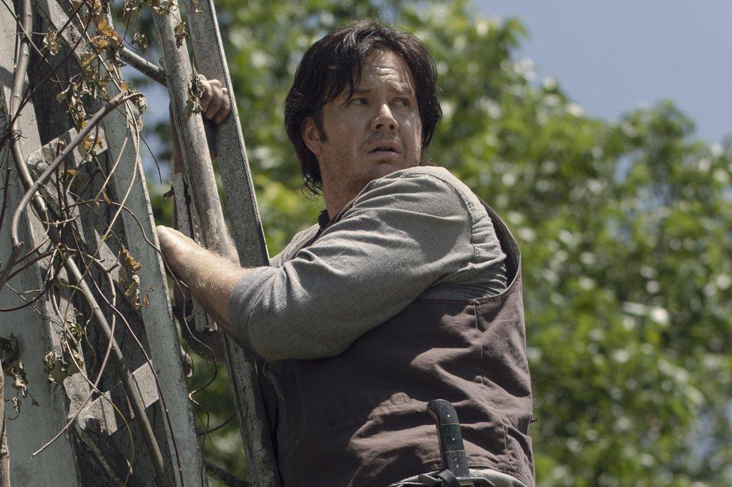 11ноября вышла 6 серия 10 сезона сериала «Ходячие мертвецы» (The Walking Dead). Доконца первой половины десятого сезона осталось всего 2 эпизода— потом сериал уйдет наперерыв дофевраля. Вновой серии получила развитие арка ссоветским спутником, упавшим впервом эпизоде сезона, авыжившие изизолированной общины имени Рика Граймса наконец-то вступили вконтакт свнешним миром!
