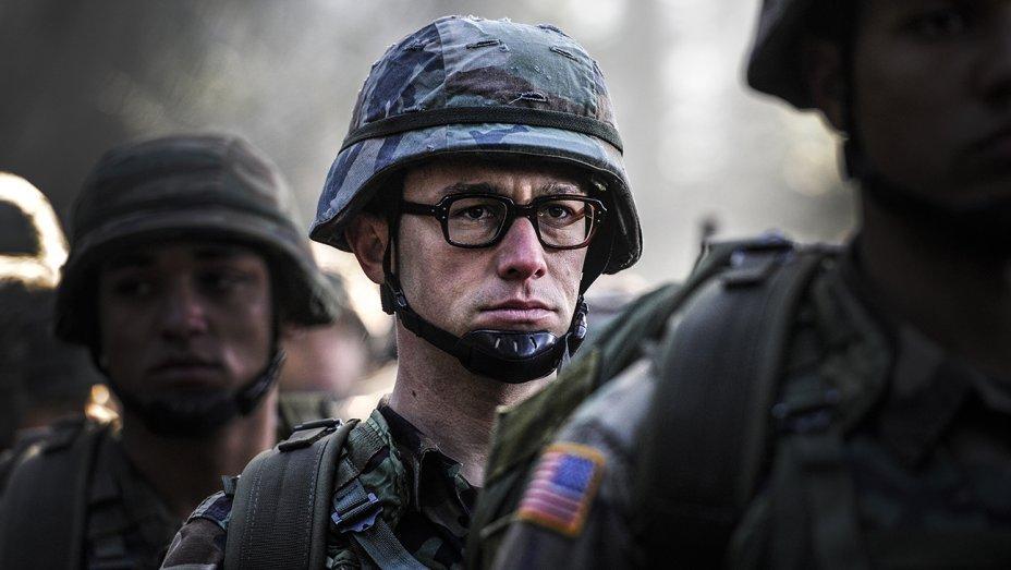 Оливер Стоун рассказал о своих встречах со Сноуденом
