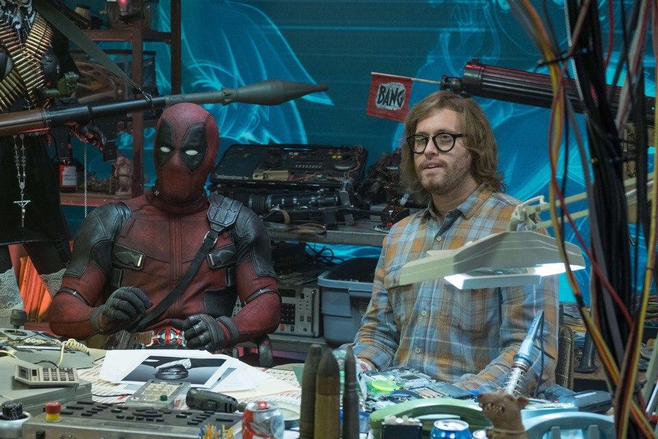 Вфильме «Дэдпул 2» болтливый наемник собрал свою команду супергероев, назвав ее«Сила Икс» (X-Force). Первый состав команды мыврядли увидим снова, нофинал фильма предполагает, что мутанты идальше продолжат свое сотрудничество. Обэтом расскажет фильм «Сила Икс». Вэтом материале мыизучили теории фанатов, чтобы понять, чего ждать от«Силы Икс».