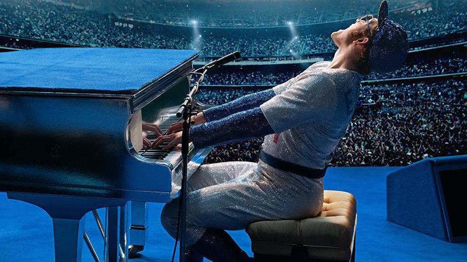 Премьера «Рокетмена» состоялась вне конкурса Каннского кинофестиваля. Финальные титры зал встретил овациями, апосле посыпались восторженные рецензии. Хвалили музыку, постановку, игру Тэрона Эджертона, ноглавное— честное изображение жизни Элтона Джона.