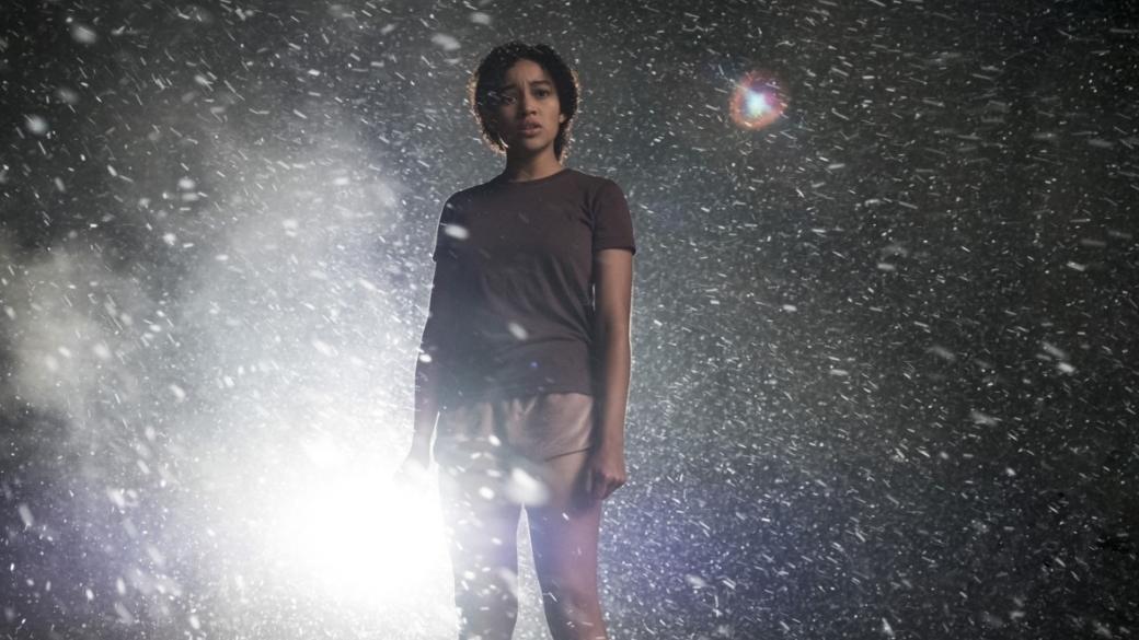 Рецензия на«Темные отражения»— одну изхудших подростковых антиутопий