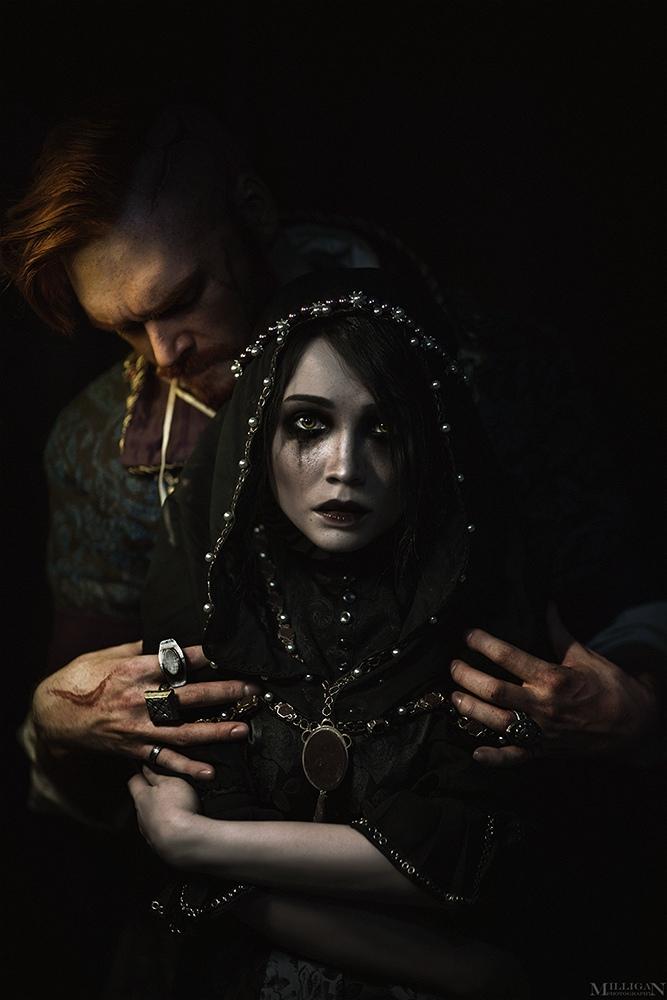 Ламповый косплей Ирис и Ольгерда фон Эверек из «Ведьмака 3»