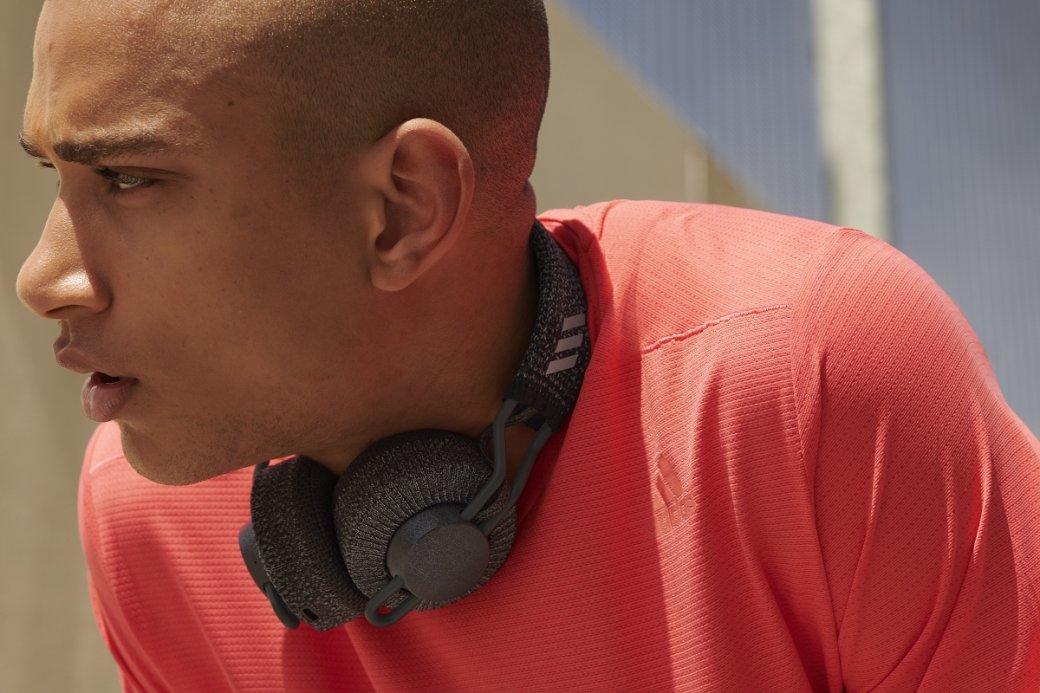Adidas представила новую серию беспроводных наушников