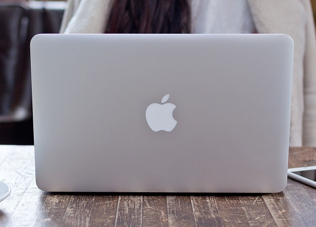Новый патент отApple предполагает замену клавиатуры MacBook наOLED-экран