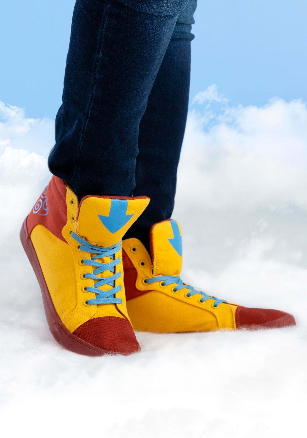 Вышли кроссовки встиле аватара Аанга измультсериала Nickelodeon