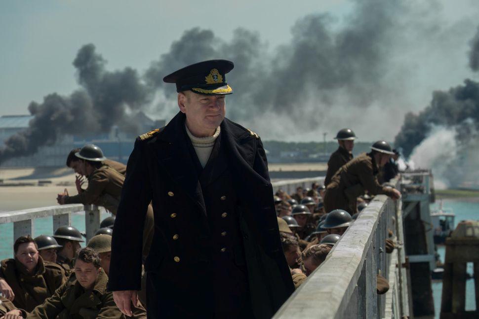 Кассовая битва за будущее цивилизации: «Дюнкерк» против «Эмоджи-фильм»