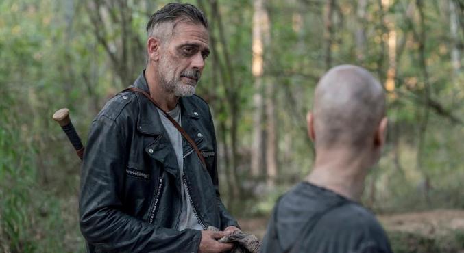 Новый эпизод «Ходячих мертвецов» (The Walking Dead) точно порадовал любителей долгих бесед, потому что действие в нем началось ближе к концу. Зато такое, что его стоило ждать.