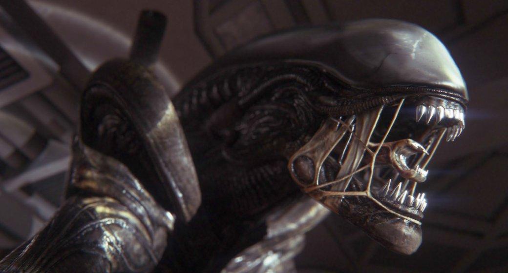 Я долго пытался сообразить, что именно меня так пугает в новой Alien – помимо самого Чужого, конечно. Во-первых, я понял, насколько сильно полагался на индустриальные стандарты и накопленный игровой опыт. «Да ну, на это они точно не пойдут!» стало моим главным врагом. Creative Assembly постоянно ловила меня на ожиданиях и поступала вопреки дизайнерским приемам, к которым меня приучили другие ААА-хиты. В какой-то момент я осознал, что не хочу идти дальше по сюжету, потому что чувствую себя растерянным – я не мог предугадать ближайшие события, не видел паттернов, по которым выстраивают свои игры остальные.