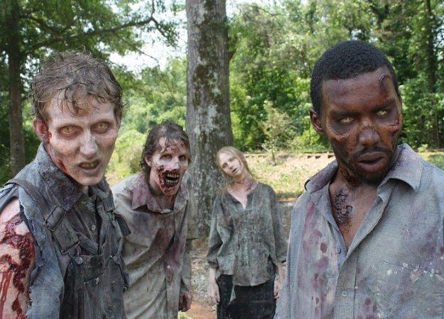 Вчесть скорого выхода 8 сезона «Ходячих мертвецов» мырешили сделать, пожалуй, самый сложный тест посериалу. Ваша задача— угадать сезон, вкотором появился зомби.
