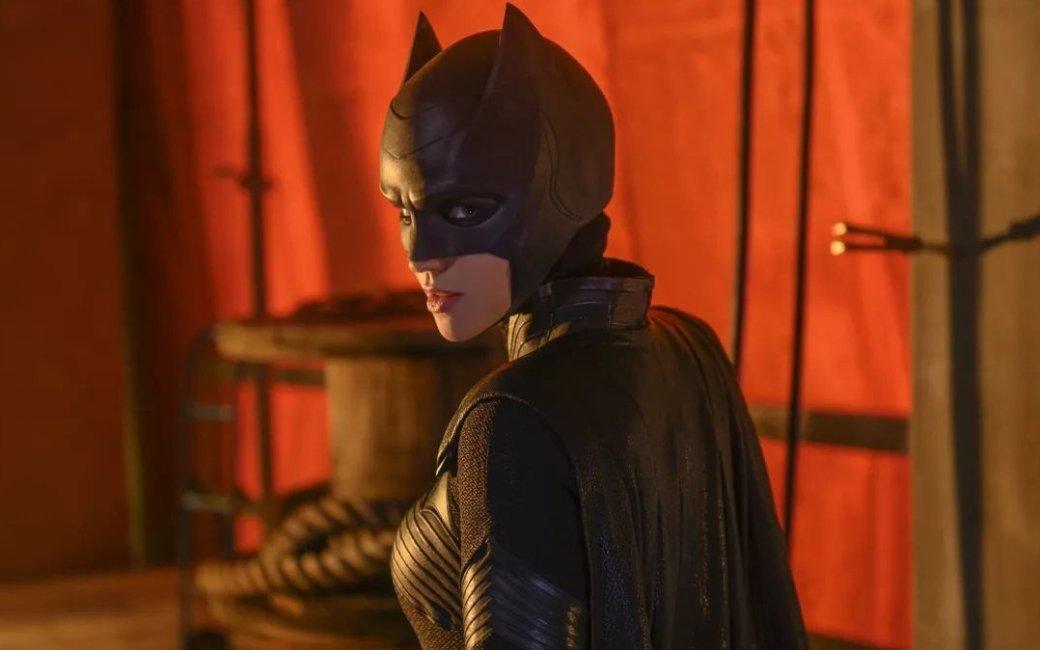 «Бэтвумэн» и«Нэнси Дрю» досрочно заказали новые эпизоды. Носвязаноли это скачеством сериалов?