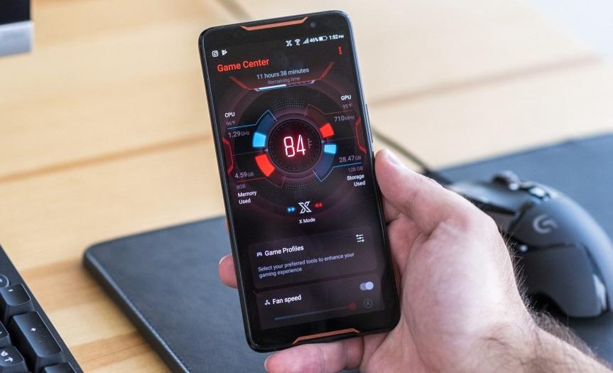 Представлен Asus ROG Phone2: игровой смартфон саксессуарами и огромной батареей [Обновлено]
