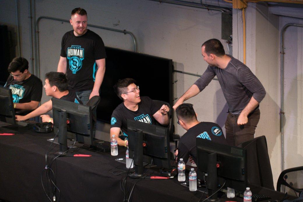 Создатели OpenAI подвели итоги матча против Team Human. На TI боты сыграют против прогеймеров