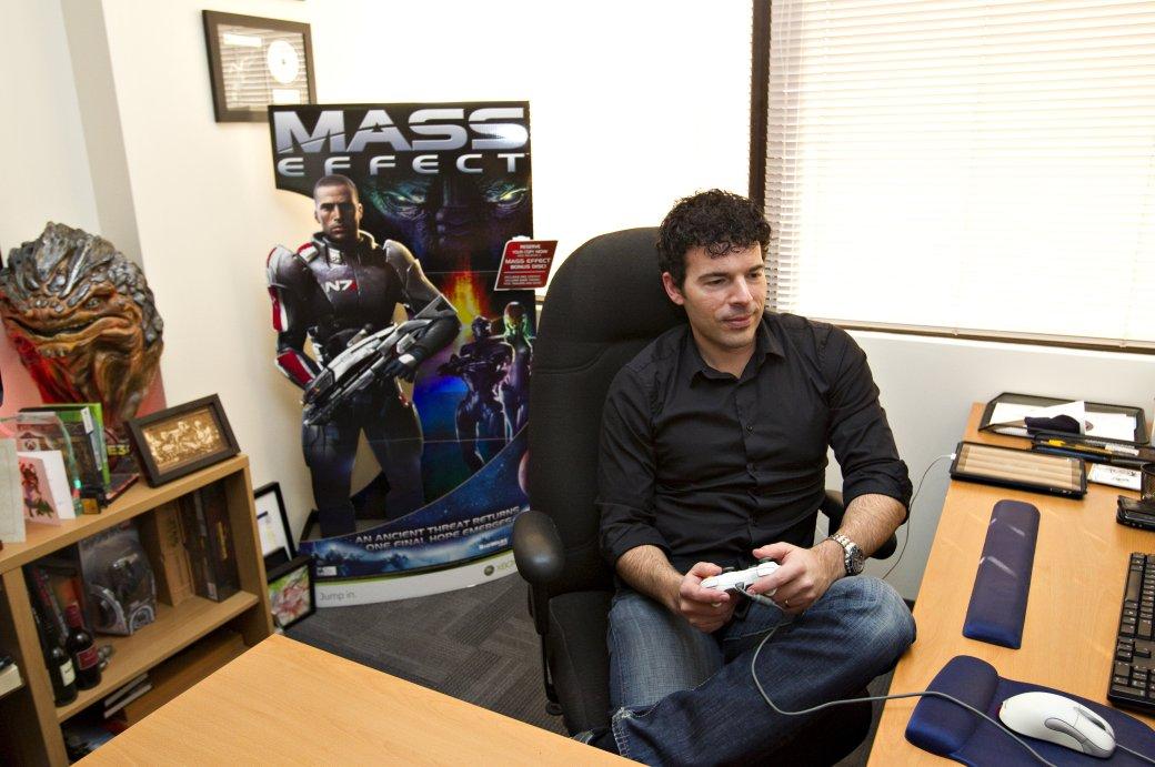 Разработчик KotOR и Mass Effect будет руководить играми для HoloLens