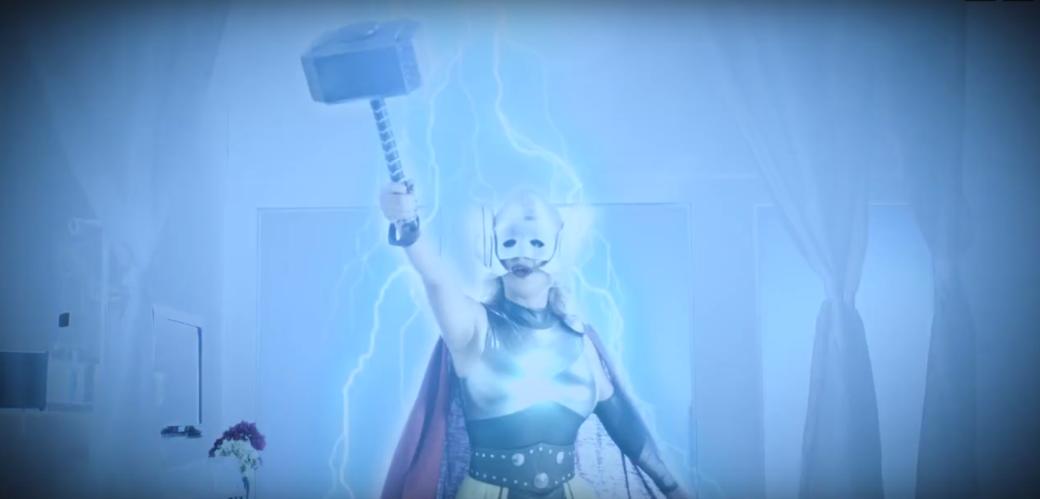 Новая порнопародия о богине грома: и смертные могут быть достойны
