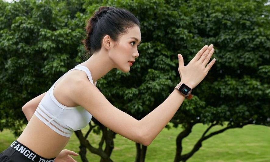«Умные» часы Huami Amazfit Health Watch представлены официально: бюджетный гаджет сводозащитой