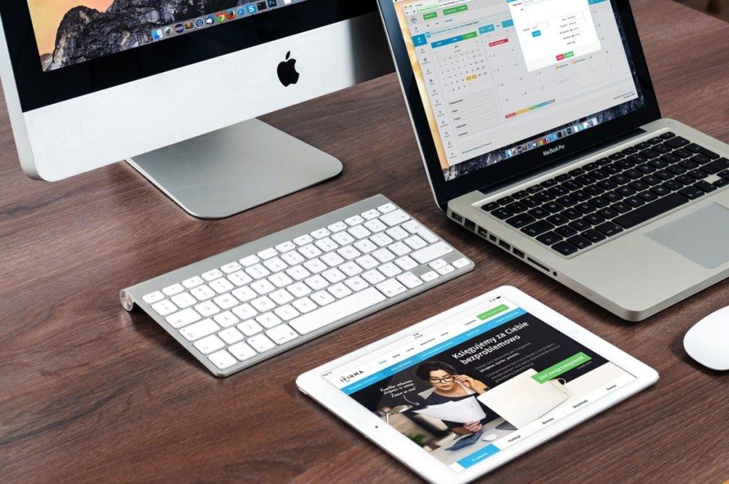 21ноября Госдума втретьем иокончательном чтении приняла так называемый «закон против Apple». Закон обязывает устанавливать российское ПОнасмартфоны, компьютеры, умные телевизоры идругие устройства. Мыпопытались разобраться, кому выгоден закон, ипочему оннетак страшен для конечного пользователя.