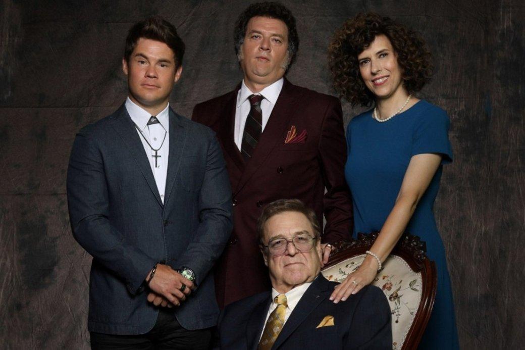 Завершился первый сезон нового иуже успешного сериала отканала HBO— «Праведные Джемстоуны»(The Righteous Gemstones). Сериал давно продлен навторой сезон. Чемже онтак полюбился зрителям?