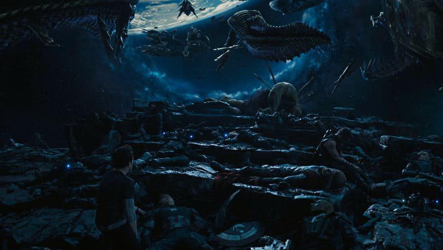 10 главных фанатских теорий отом, что произойдет вфильме «Мстители: Война Бесконечности»